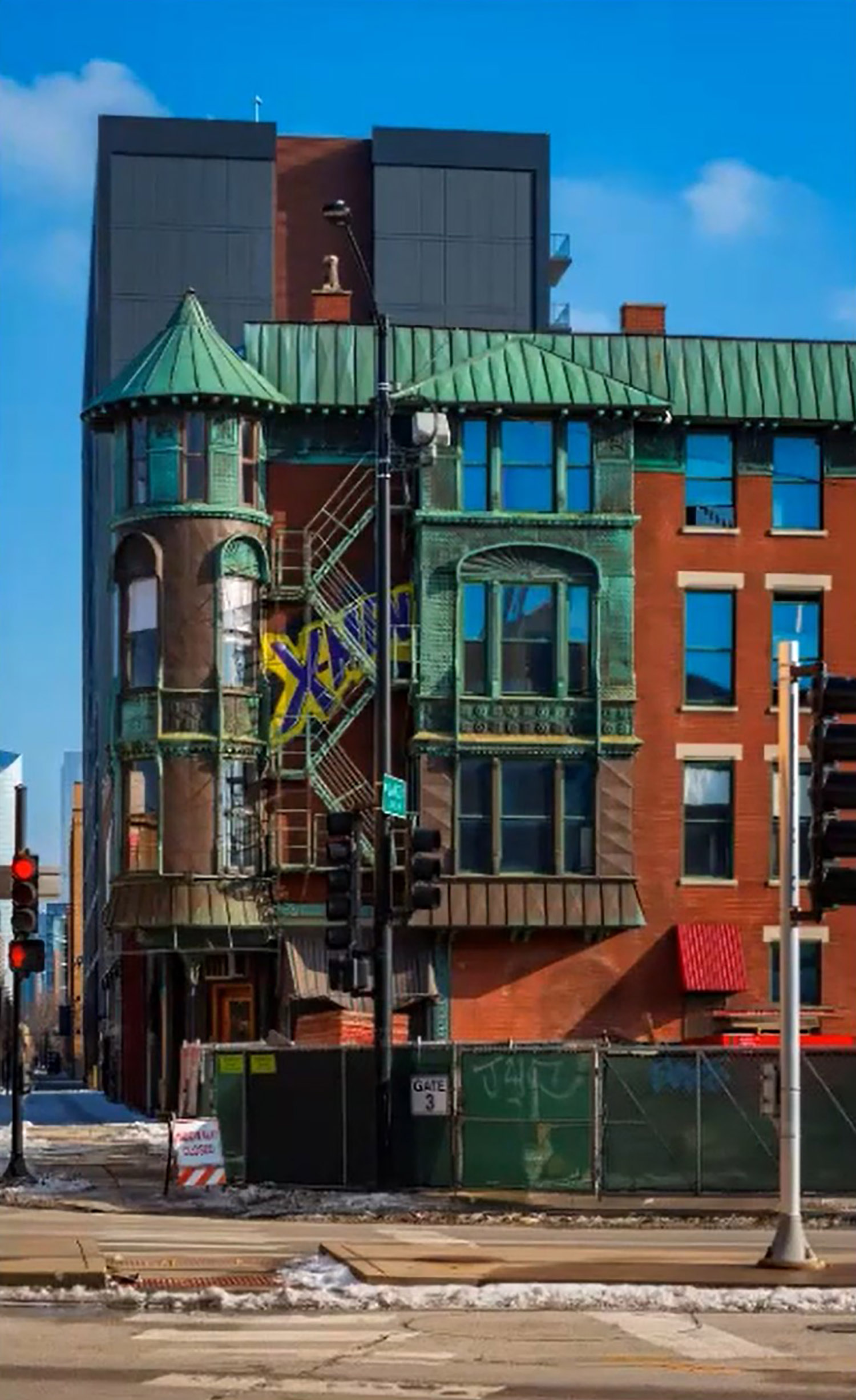 View of Former Schlitz Brewery-Tied House at 1393 W Lake Street. Image by CCL