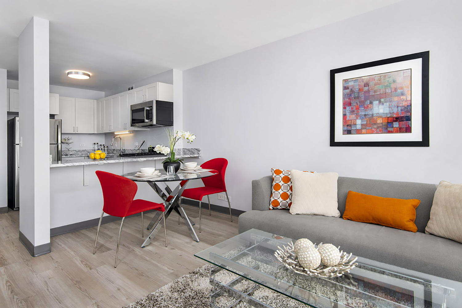 Newly-Renovated Interior at Prairie Shores Apartments. Image by Farpoint Development