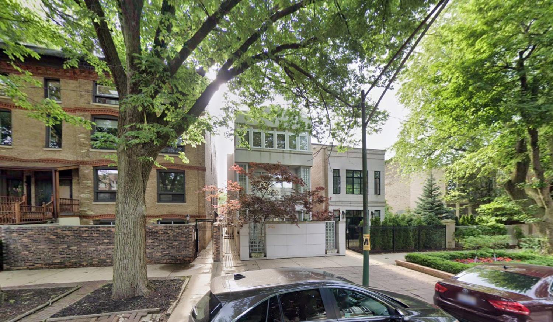 2135 N Lakewood Avenue