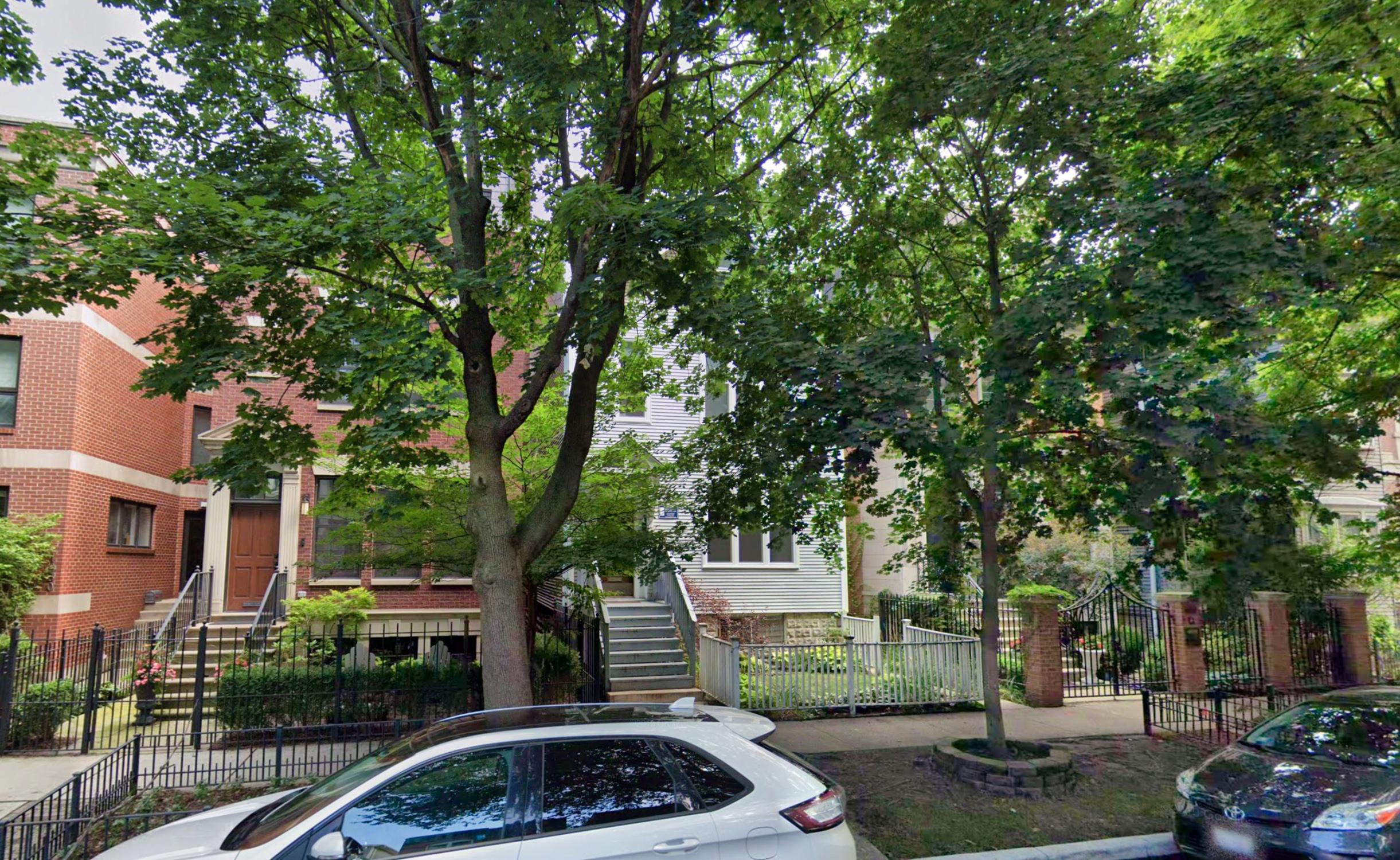 1024 W Altgeld Street