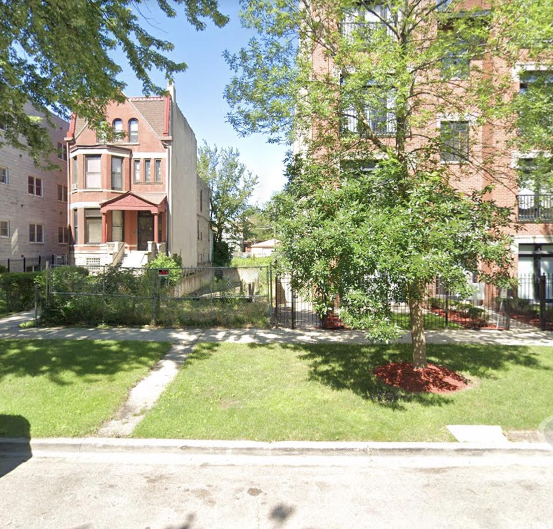 6620 S Kimbark Avenue